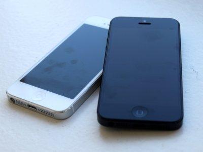 iPhone mất đèn màn hình