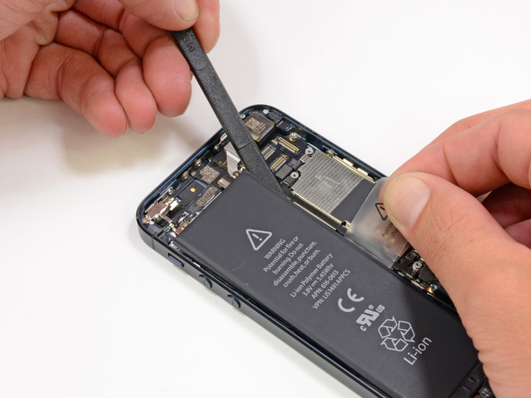 Thay pin iPhone